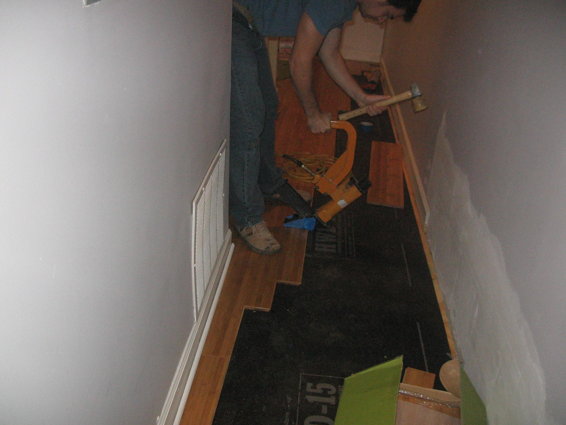 Dustless refinishing Hardwood Floors in Skokie Chicago Park Ridge