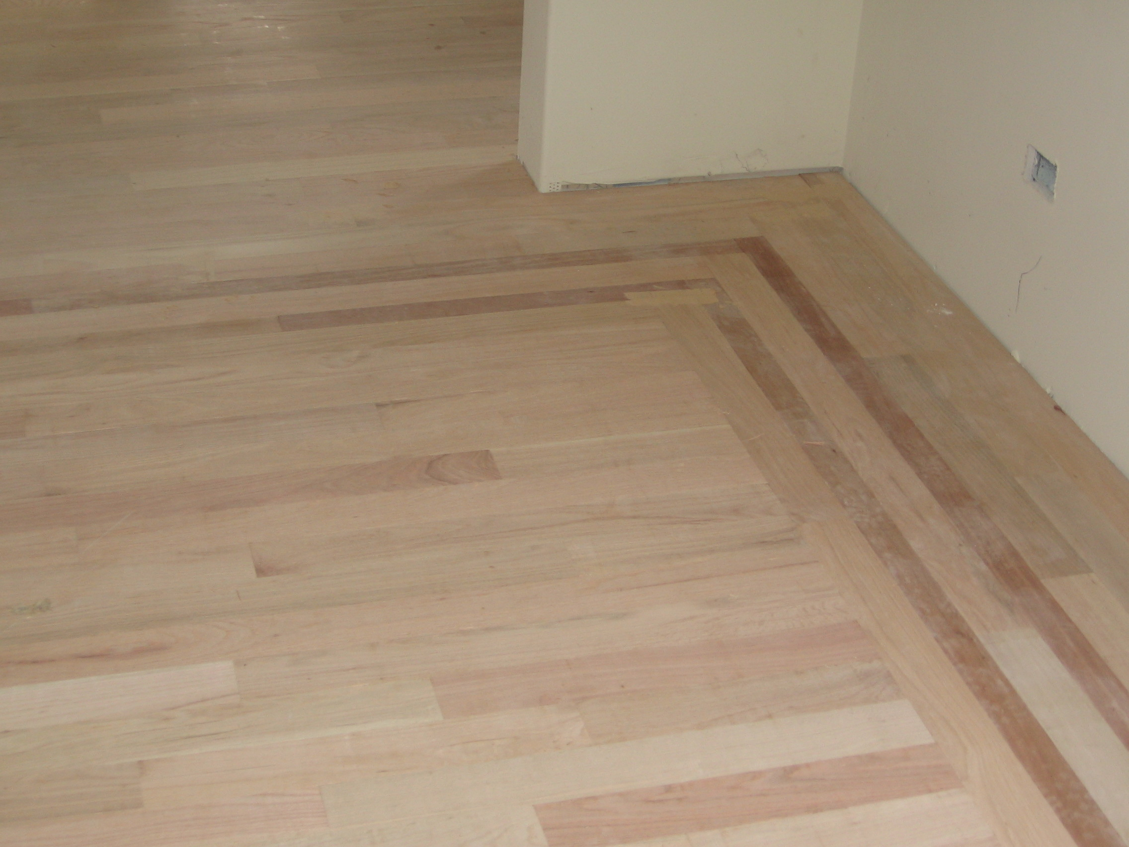 Dustless Refinishing Hardwood Floors In Skokie Chicago